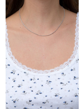 Silver Thin Necklace by Brandy Melville