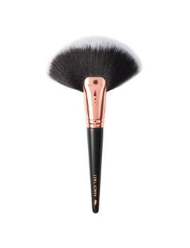 Rose Gold Glam Fancy That Jumbo Fan Brush by Beauty Bay