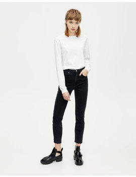Slim Fit Comfort Mom Jeans by Pull & Bear