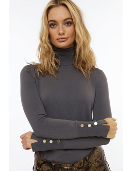 Too Good Basic Turtleneck by Chiquelle