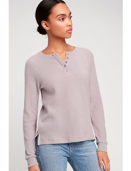 The Waffle Thermal Light Mauve Henley Top by Z Supply
