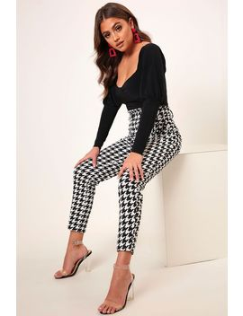 Monochrome Dogtooth D Ring High Waist Trousers by I Saw It First