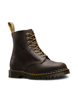 1460 Commander by Dr. Martens