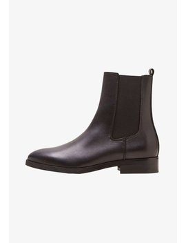Staple   Ankle Boot by Mango