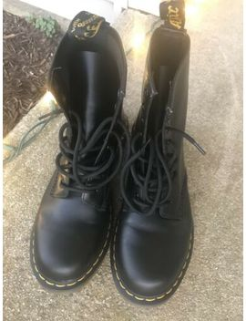 Dr. Doc Martens Sz 9 Womens Air Wair Black Combat Boots Euc Beautiful by Dr. Martens