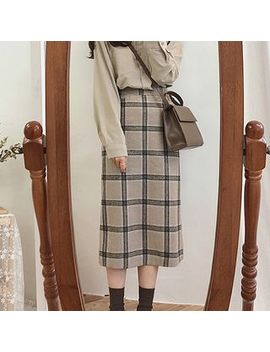 Leoom   Straight Cut Midi Plaid Skirt by Leoom