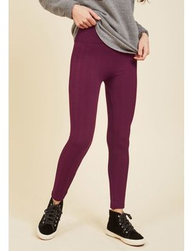 Heed Your Warming Fleece Lined Leggings In Textured Berry by Modcloth