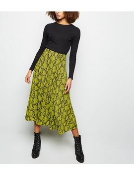 Yellow Snake Print Pleated Midi Skirt by New Look