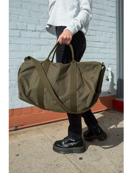 Army Green Duffle Bag by Brandy Melville