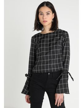 Check Flared Tie Cuff   Bluse by Missguided