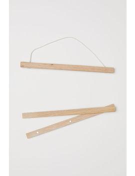 Drewniany Wieszak Na Plakat by H&M