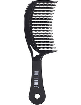 Detangling Curved Comb by Hot Tools