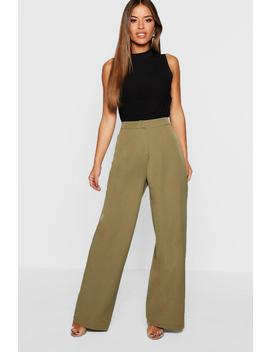 Petite Wide Leg Woven Trouser by Boohoo