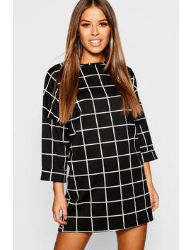 Petite Slouchy Grid Check Shift Dress by Boohoo