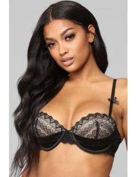 No Es Mi Amor Bra   Black by Fashion Nova