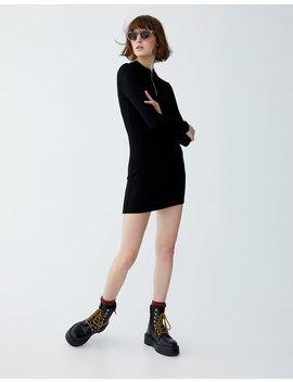 Μακρυμάνικο φόρεμα με ύφανση ριπ by Pull & Bear