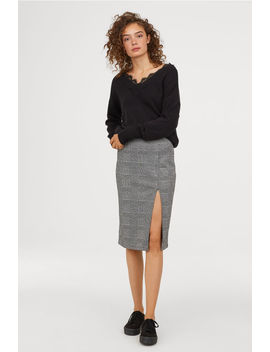 Pencil Skirt With A Slit by H&M