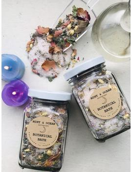 Botanical Bath Soak by Etsy