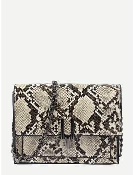 Snakeskin Flap Chain Bag by Sheinside