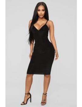 How She Feel Ribbed Velvet Dress   Black by Fashion Nova