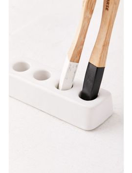 Ceramic Toothbrush Stand by Urban Outfitters