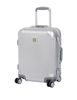 """20.7"""" Crusader Hard Side Spinner by It Luggage"""