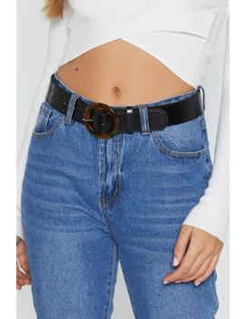 Pu Belt With Bown Tort Round Buckle by Nasty Gal