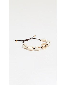 oahu-natural-shell-bracelet by maison-irem