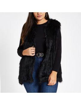 Plus Black Faux Fur Vest by River Island