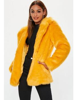 Manteau Jaune En Fausse Fourrure by Missguided