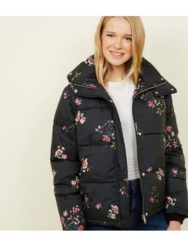Blue Vanilla Black Floral Puffer Jacket by New Look