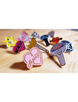 Kpop Fandom Metal Badge Pin Bangtan Army Blackpink Exo Shi Nee Got7 Big Bang Wanna One Merch Oppang by Etsy