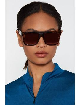 Raised Brows Tortoiseshell Shades by Nasty Gal