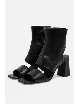 Nick Block Heeled Boots by Topshop