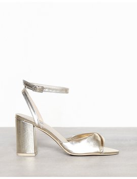 Twist Heel Sandal by Nly Shoes