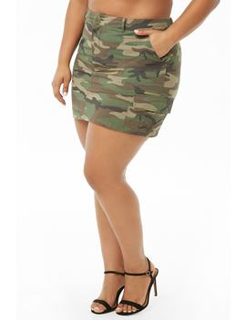 Plus Size Camo Mini Cargo Skirt by Forever 21