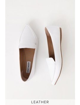 Feather White Leather Pointed Toe Flats by Steve Madden