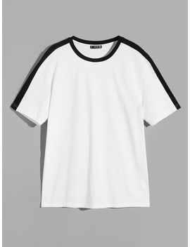 Guys Contrast Panel Ringer Neck T Shirt by Romwe