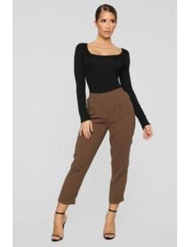 Sydney Pleated Trousers   Brown by Fashion Nova