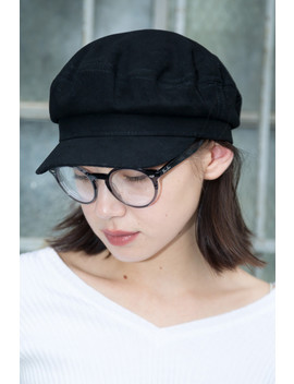 Black Mariner's Cap by Brandy Melville