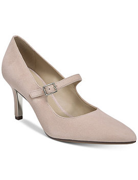 Naiya Pumps by Naturalizer