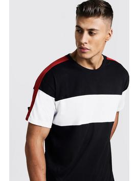 Colour Block Chest And Arm Panel Loose Fit T Shirt by Boohoo