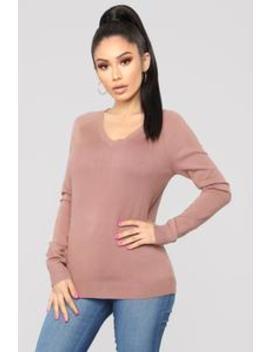 Essential V Neck Sweater   Mauve by Fashion Nova