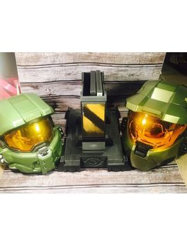 Halo 3 Legendary Edition Master Chief Collectors Helmet & Stand, Mask & Games. by Ebay Seller