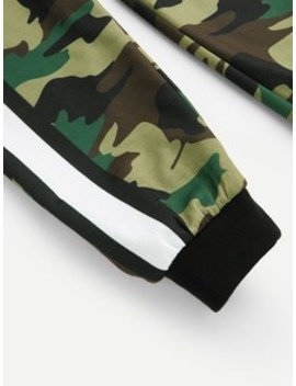Men Camouflage Print Striped Panel Pants by Sheinside