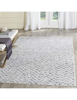 Safavieh Adirondack Collection Adr104 N Ivory And Charcoal Modern Distressed Chevron Area Rug (6' X 9') by Safavieh
