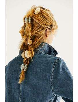 Valet Shell Claw Clip Set by Free People