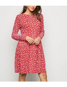 Red Ditsy Floral Jersey Smock Dress by New Look