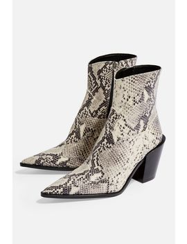 Howdie Western Boots by Topshop
