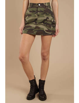 Freelance Green Camo Utility Skirt by Tobi